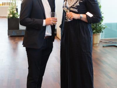 Jakob Schönherr, Head of Business Developement bei kununu mit der Geschäftsführerin der Familie & Beruf Management GmbH Elisabeth Wenzl