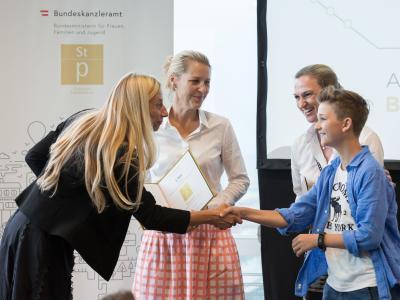 2. Platz in der Kategorie Private Wirtschaftsunternehmen bis 20 Mitarbeiter/innen: hrdiamonds Personal, Management und Organisationsentwicklung GmbH