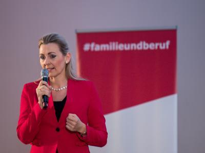 Bundesministerin Christine Aschbacher