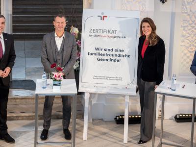 Zertifikatsverleihung familienfreundlichegemeinde 2020 © Harald Schlossko